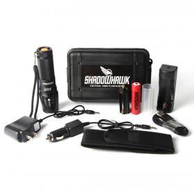 Shadowhawk X800 -Zoomattava taskulamppu