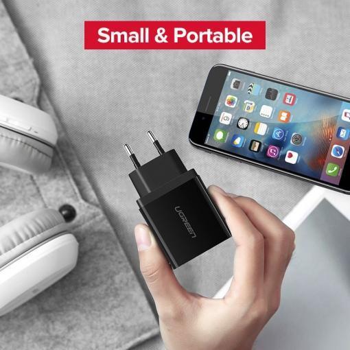Ugreen Laturi kolmella USB-liittimellä